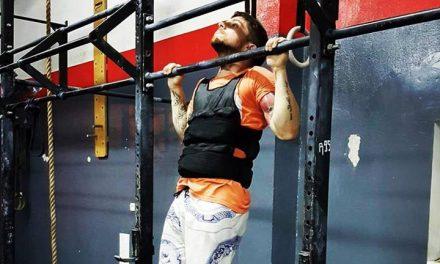 Kamizelka obciążeniowa w treningu sportów walki