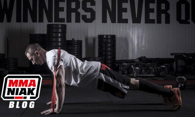 Ćwiczenia z gumą oporową, czyli nowe bodźce w treningu