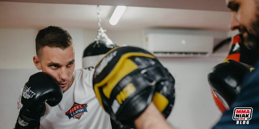 Rozmiary rękawic bokserskich i 5 rzeczy, które warto o nich wiedzieć.