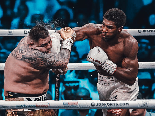 Rękawice bokserskie Rival - MMAniak BLOG